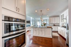 13912A Manor Road Phoenix MD-large-019-29-Kitchen-1500x1000-72dpi